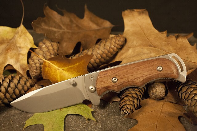 cuchillo bushcraft militar